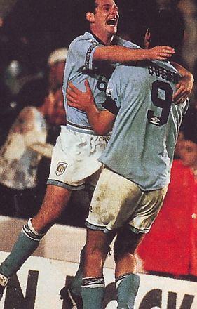 oldham hom 1993 to 94 sheron goal2