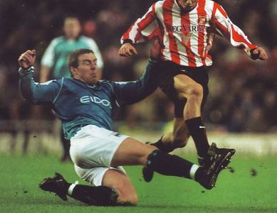 sunderland away 2000 to 01 action2