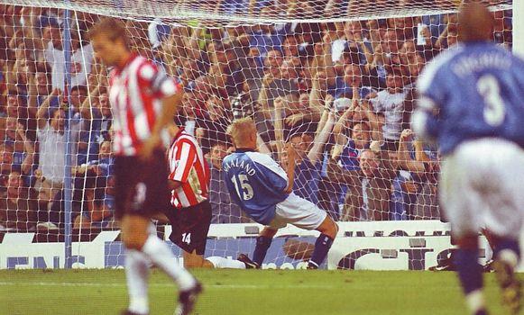 sunderland home 2000-01 haaland goal