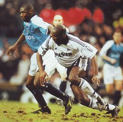 tottenham home 2000 to 01 action3
