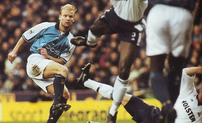 tottenham home 2000 to 01 action4