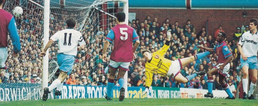 aston villa away 1992 to 93 quinn goal5