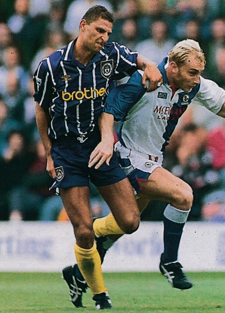 blackburn away 1992 to 93 action15