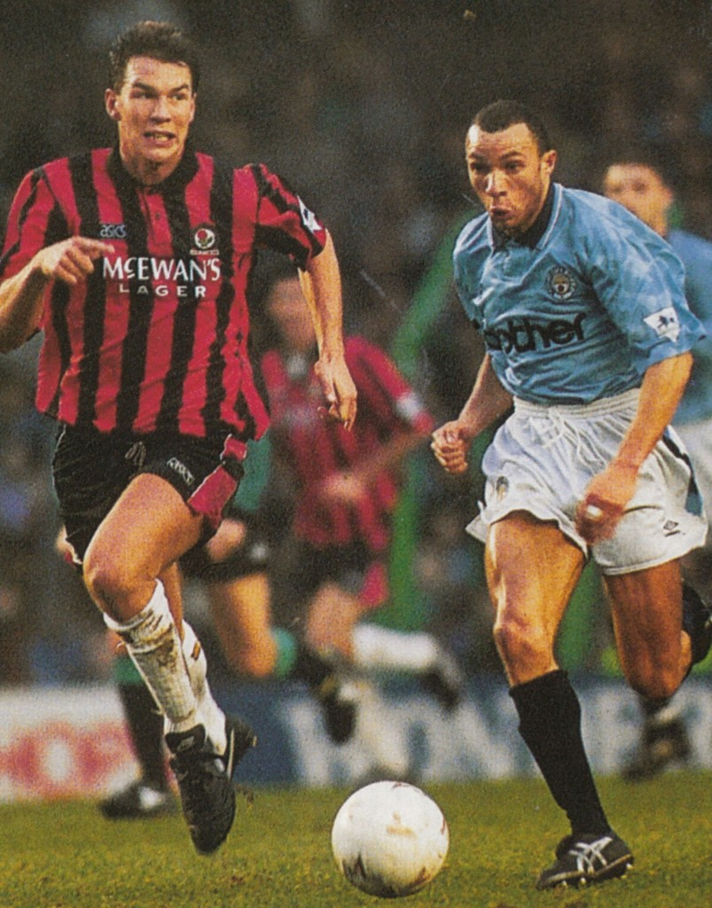 blackburn home 1992 to 93 action6