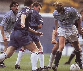 chelsea home 1992 to 93 action3