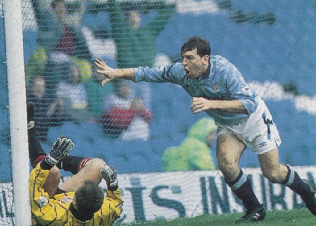 ipswich home 1992 to 93 holden goal5