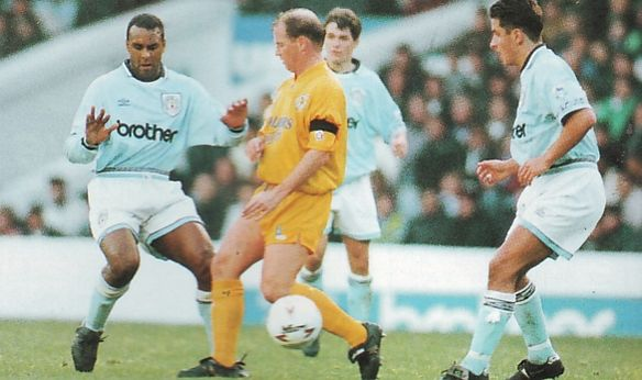 leicester home fa cup 1993 to 94 action