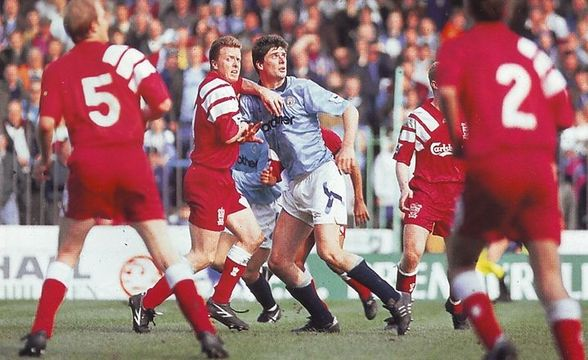 liverpool home 1992 to 93 action3