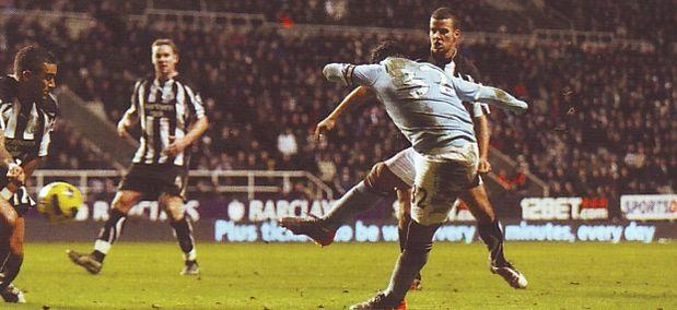 newcastle away 2010 to 11 2nd tevez goal