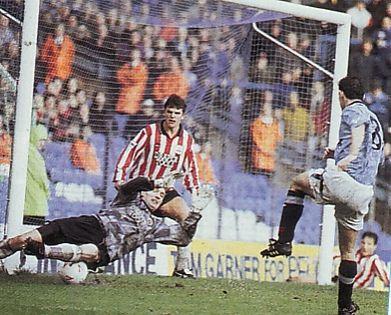 southampton home 1992 to 93 sheron goal