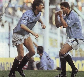 southampton home 1992 to 93 sheron goal2
