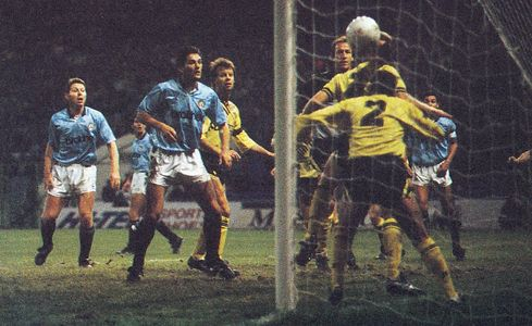 coventry home league cup 1989 to 90 action2