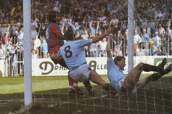 crystal palace home 1988 to 89 gleghorn goal