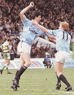 sheff weds home 1989 to 90 quinn goal2