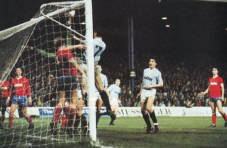 shrewsbury home 1988 to 89 hinchcliffe 2nd goal