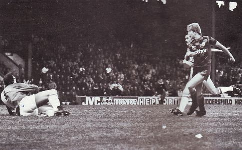 Huddersfield away fa cup 1987 to 88 brightwell goal