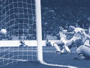 aston villa home 1986 to 87 varadi goal