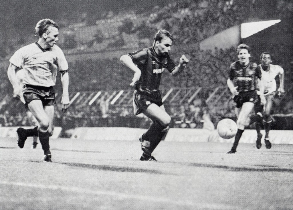 bury away cup 1985 to 86 action6