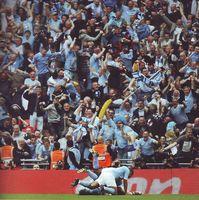 man utd fa cup 2010 to 11 yaya goal4