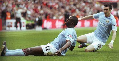 man utd fa cup 2010 to 11 yaya goal5