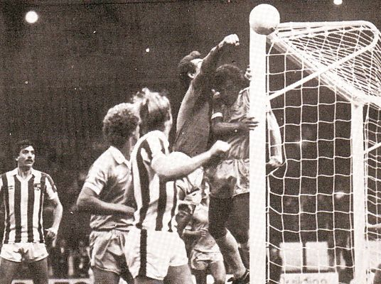 stoke away league cup 1980 to 81 action