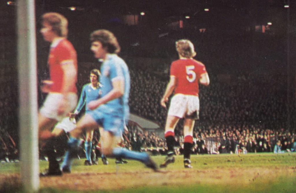 man utd away 1977 to 78 action2