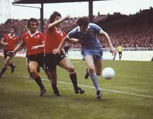 man utd home 1977 to 78 action