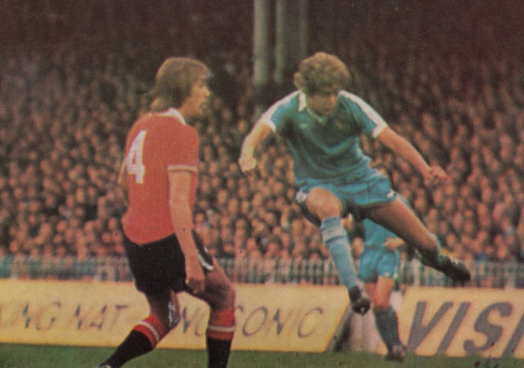 man utd home 1977 to 78 action10