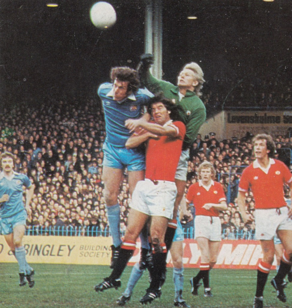 man utd home 1979 to 80 action9