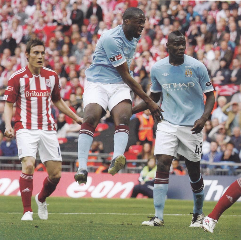 stoke 2011 fa cup final yaya2