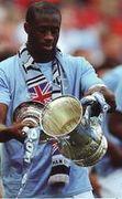 stoke fa cup final 2010 to 11 yaya cup
