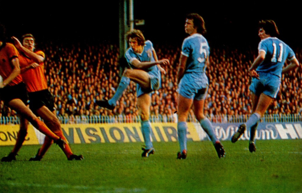 wolves home 1977 to 78 action17
