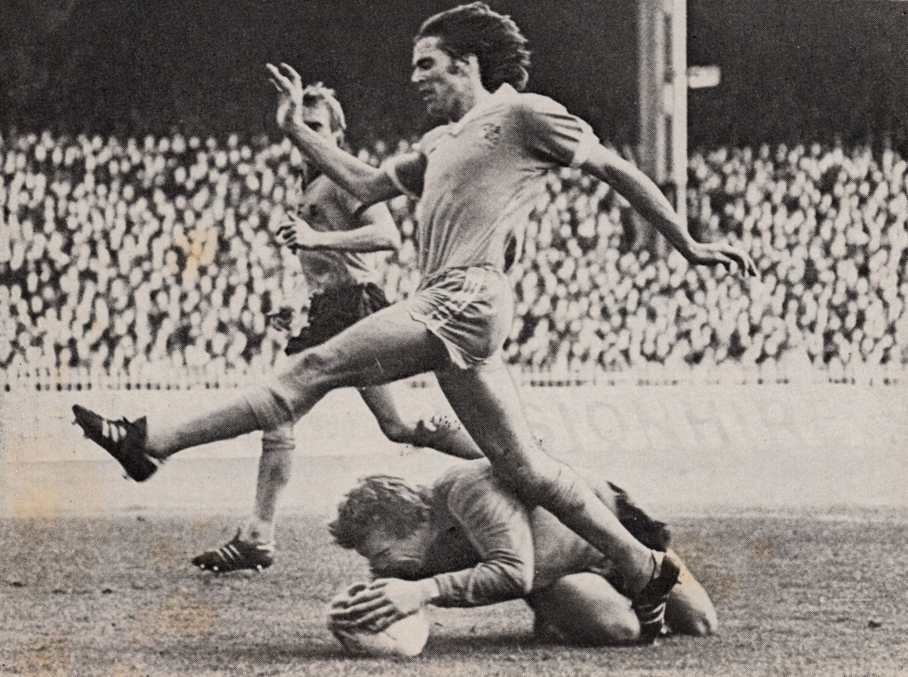 wolves home 1977 to 78 action7