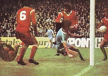 leicester home 1976 to 77 kidd 2nd goal2