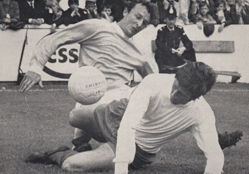 sheffield weds home 1969 to 70 action4