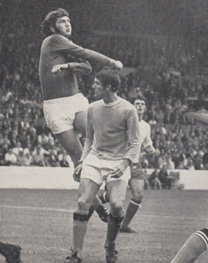 sheffield weds home 1969 to 70 action5