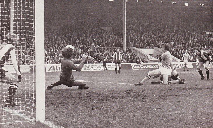 wba home 1972-73 booth goal