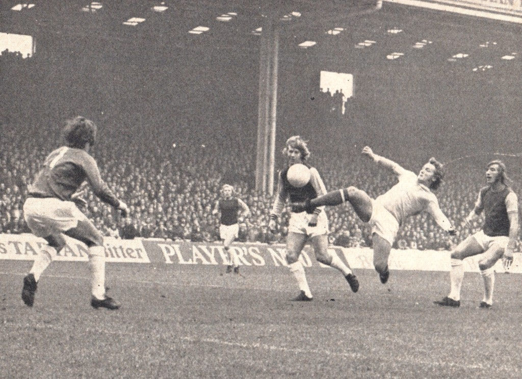 west ham home 1972 to 73 towers goal