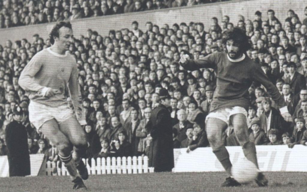 man utd away 1969 to 70 action 4