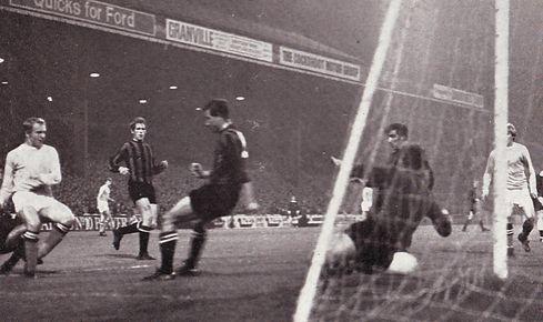 qpr home league cup 1969-70 lee sets up 3rd