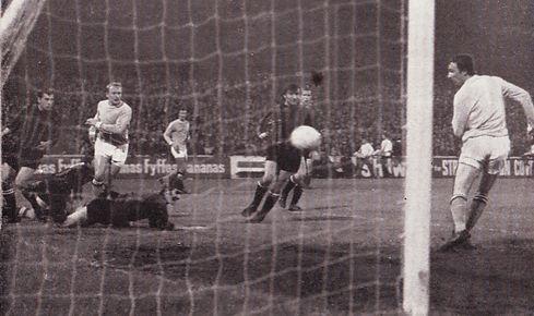 qpr home league cup 1969-70 summerbee 3rd city goal