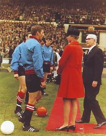 1968-69 fa cup final royalty2