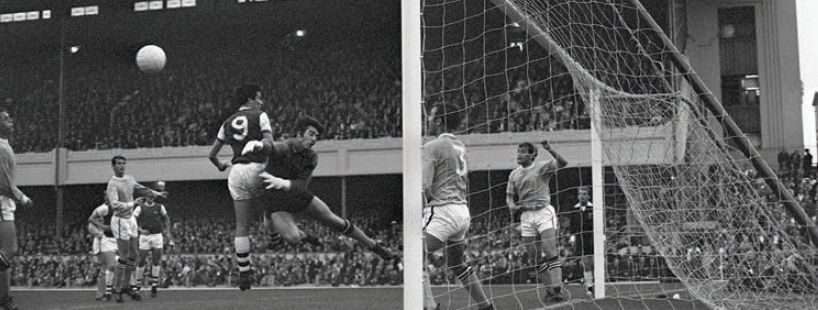 arsenal away 1968 to 69 action