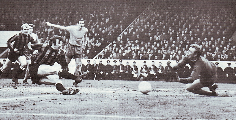 everton fa cup semi 1968 to 69 action
