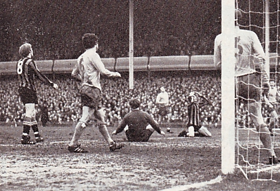 everton fa cup semi 1968 to 69 action3