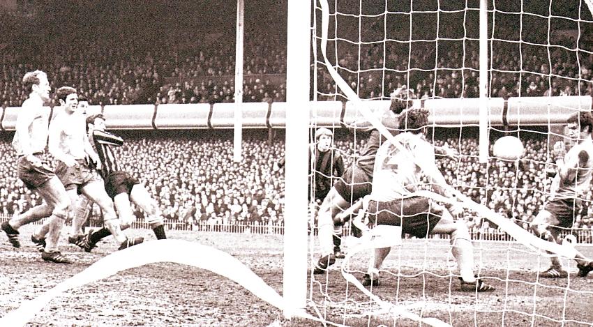 everton fa cup semi 1968 to 69 booth goal