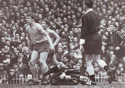 everton fa cup semi 1968 to 69 doyle injury