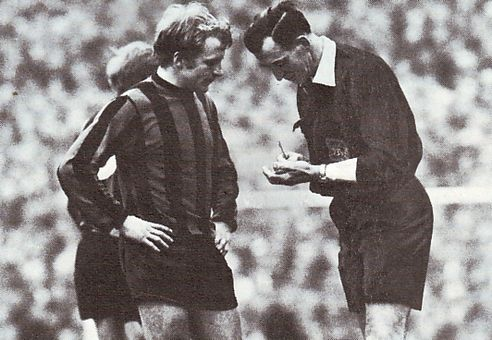 everton fa cup semi 1968 to 69 lee booked