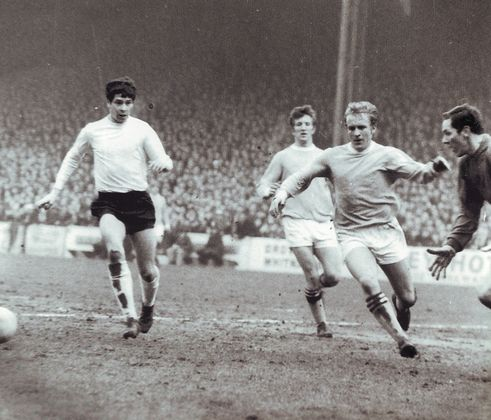 luton home fa cup 1968 to 69 action