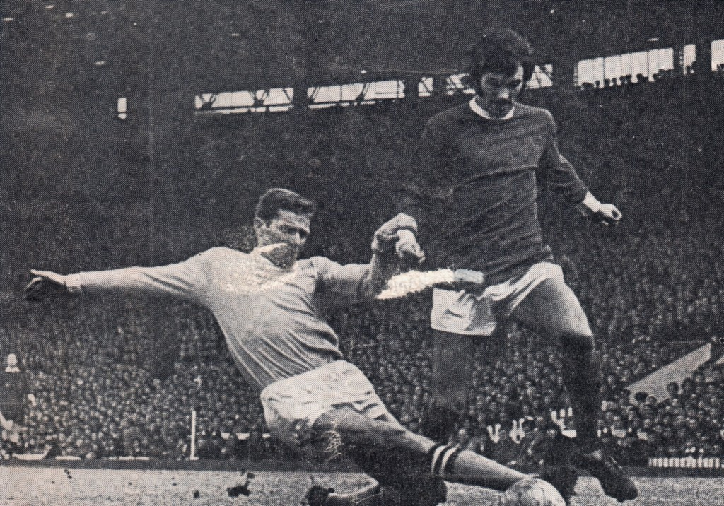 manchester united away 1968 to 69 action 6